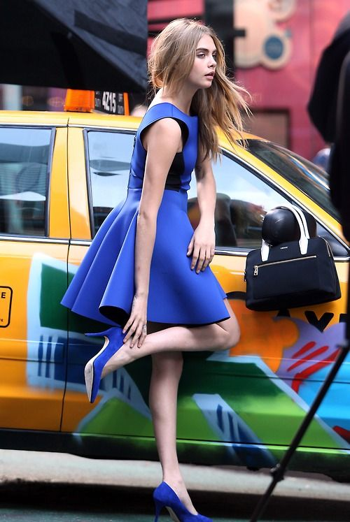 Cara Delevingne, Dress, Legs, High Hills, Shoes, Woman, Model, Celebrity, Actress, Hollywood