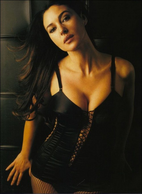 Monica Bellucci, sexy, lingerie, brunette, Bond Girl 2015