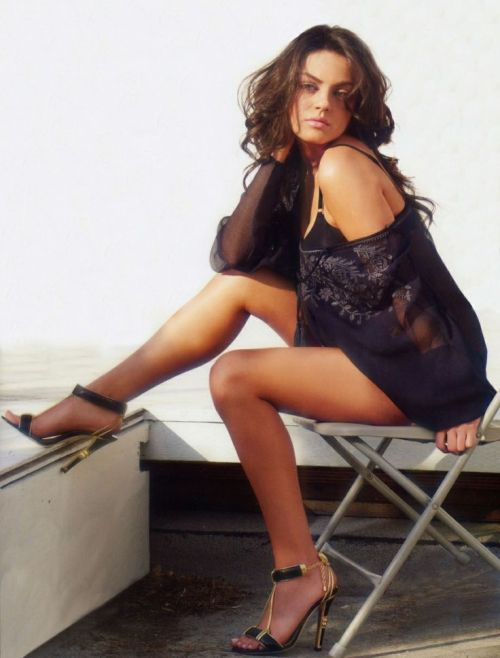 Mila Kunis, Dress, Legs, High Hills, Shoes, Woman, Model, Celebrity, Actress, Hollywood