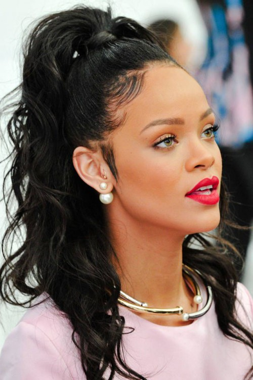 Rihanna, red lips, red lipstick, sexy, actress, model, top model, hollywood, fashion, make up, Dresslikeabitch.com, dress like a bitch
