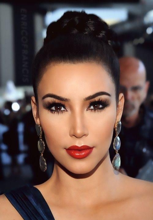 Kim Kardashian, red lips, red lipstick, sexy, actress, model, top model, hollywood, fashion, make up, Dresslikeabitch.com, dress like a bitch