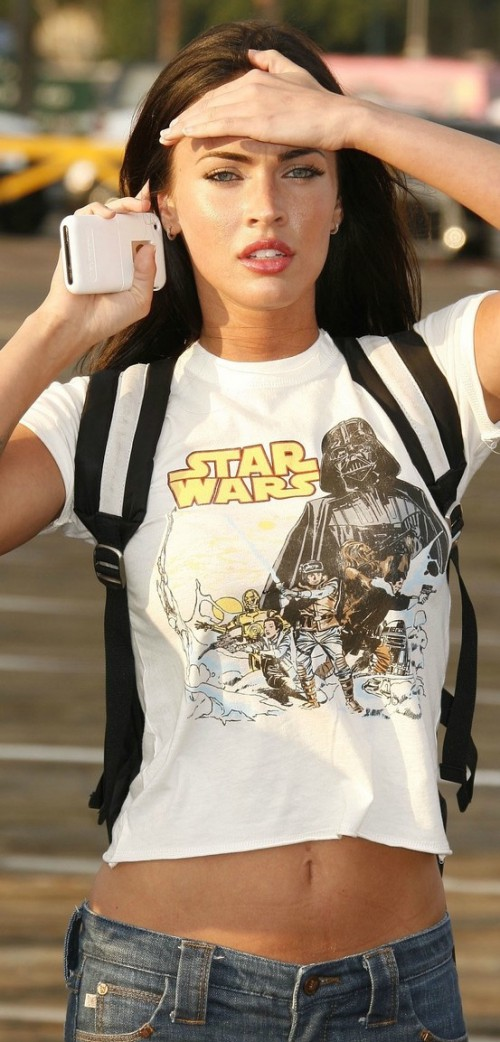 Megan Fox, blogger, White T-shirt, tshirt, tee shirt, actress, model, singer, hot, celebrity