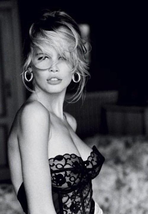 Claudia Shiffer, Lingerie, Blond