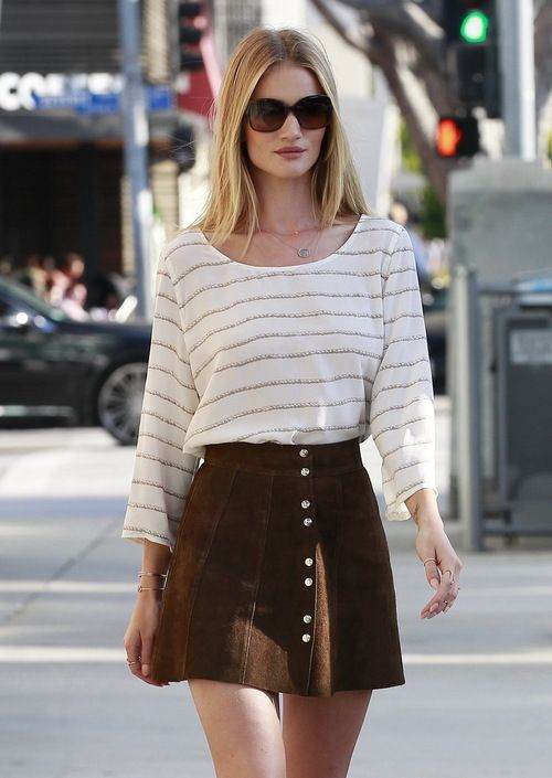 Rosie Huntington Whiteley, Skirt, Fashion, Model, Hollywood, Blogger, Actress, Singer, Shoes, Make up, Sunglasses, Dress, Legs, High Hills, Woman, Celebrity, Street Style.